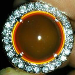 Fenomena O-Ring di Chalcedony